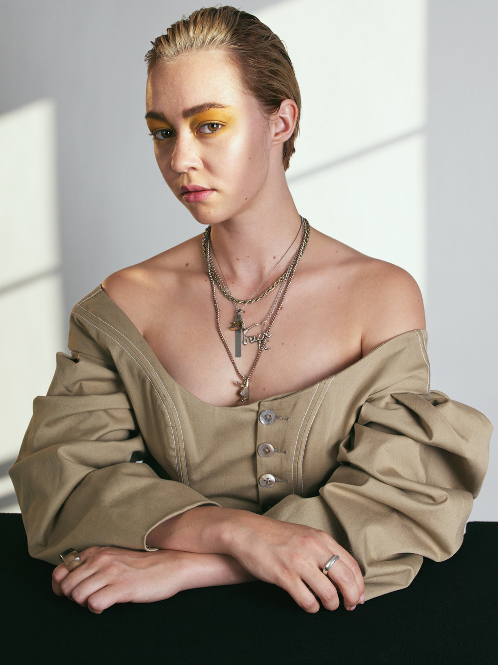Ellie Fox Model