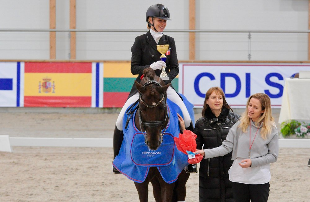 Lotte Skjærbæk and Skovens Rafael at today´s pricegivning in Sopot - photo credit: Dressage24.pl