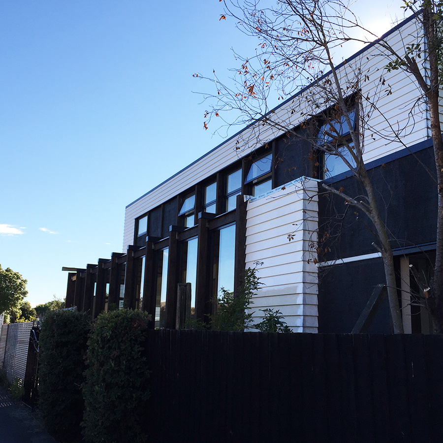 "<h3 style=""color:white"">Wairakei Road residence</h3> </br> Quake shaken bungalow reinvented"