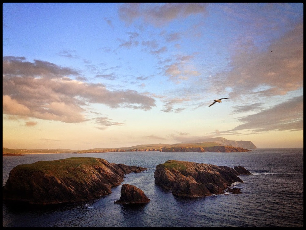 St Ninians bay Shetland sea gull view landscape beautiful gorgeous rocks mountains tide