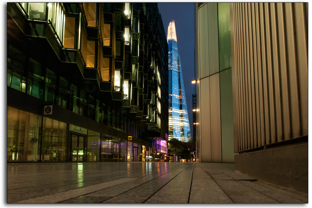 boarder 10 Shard colour morelondon more london dusk dawn professional photographer lee ramsden www.leeramsden.com landscape images.jpg