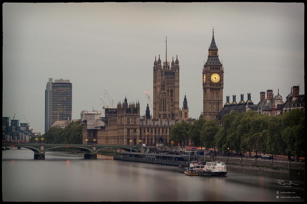 "<img src=""Big ben colour image.jpg"" alt=""London Bridge River Thames City of Westminster capital government Lee Ramsden"">"