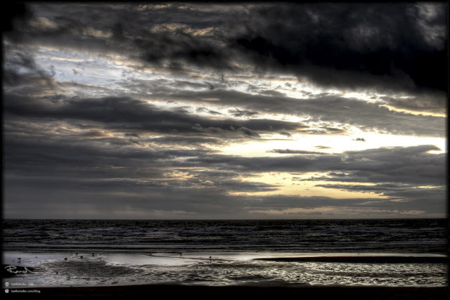 "<img src=""Blackpool HDR.jpg"" alt="" Blackpool beach sunset bad HDR over done cooked too much black clouds"">"
