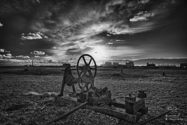 Dungeness HDR black and white