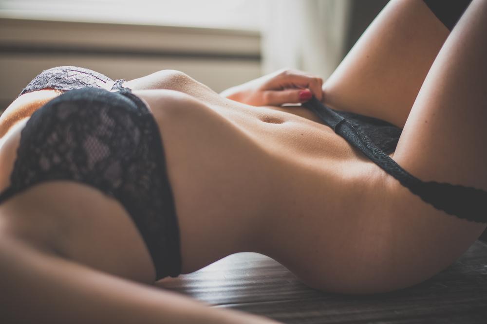 kelly boudoir-81.jpg