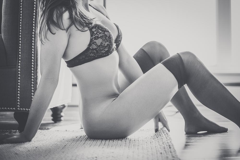 kelly boudoir-88.jpg
