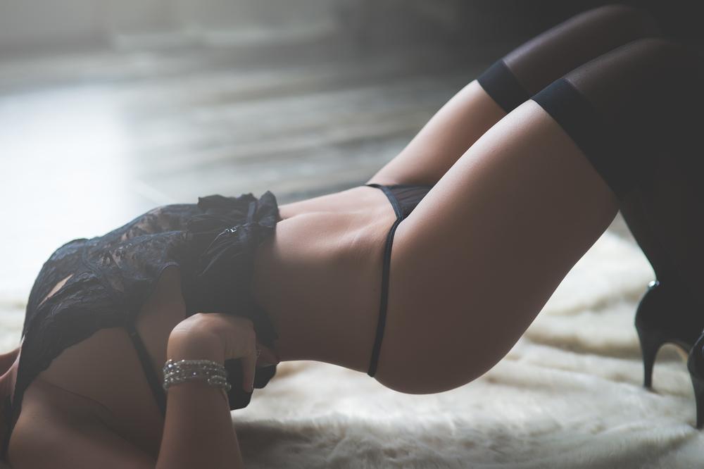 Farryn boudoir-40.jpg