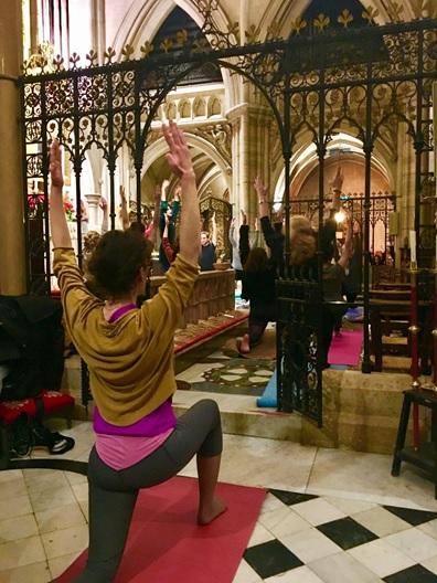 yoga_nave.jpg