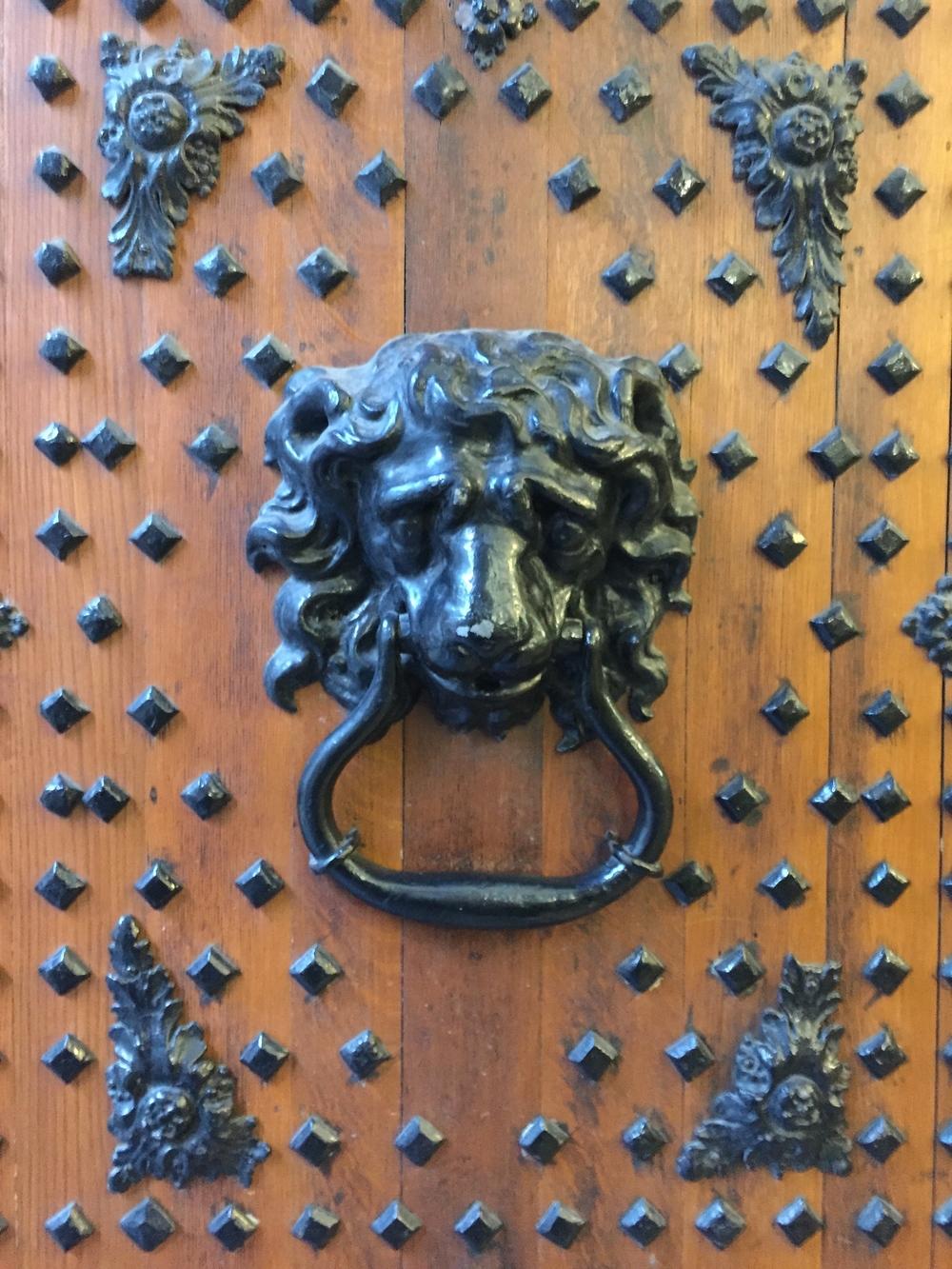 Door, Bristol