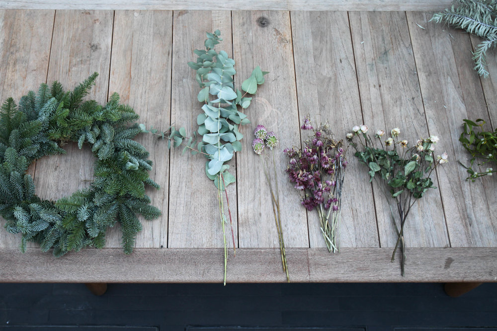 Naked wreath; plus dried flowers, eucalyptus and lavender for scent