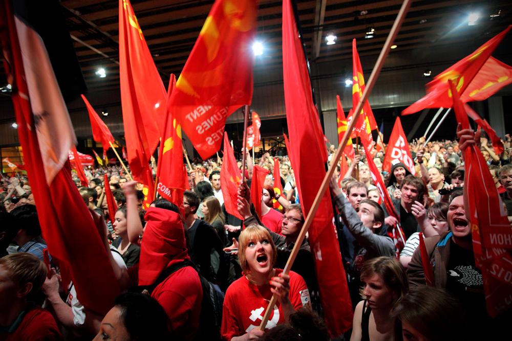 Reportage pendant les présidentielles 2012. Meeting de Jean-Luc Mélenchon à Lille le 27 mars 2012.  Publié en dansLiberté Hebdo.