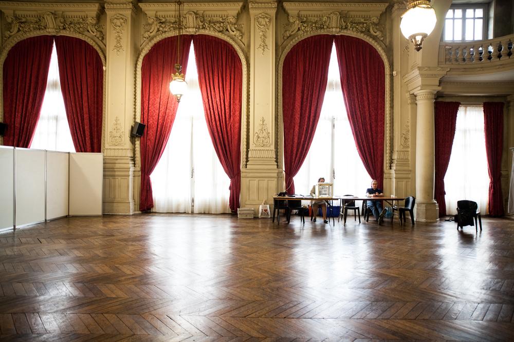 Reportage sur les élections départementales 2015. Bureau de vote n°1 à Roubaix (59).  Publié dans L'Humanité.