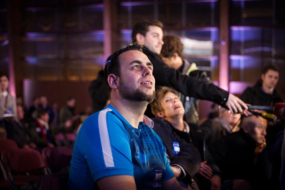 Un militant du Front National. Soirée électorale du FN à Hénin-Beaumont, le soir du premier tour des régionales 2015.