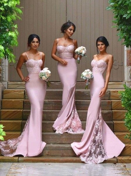 Bridesmaids in Aisle Style