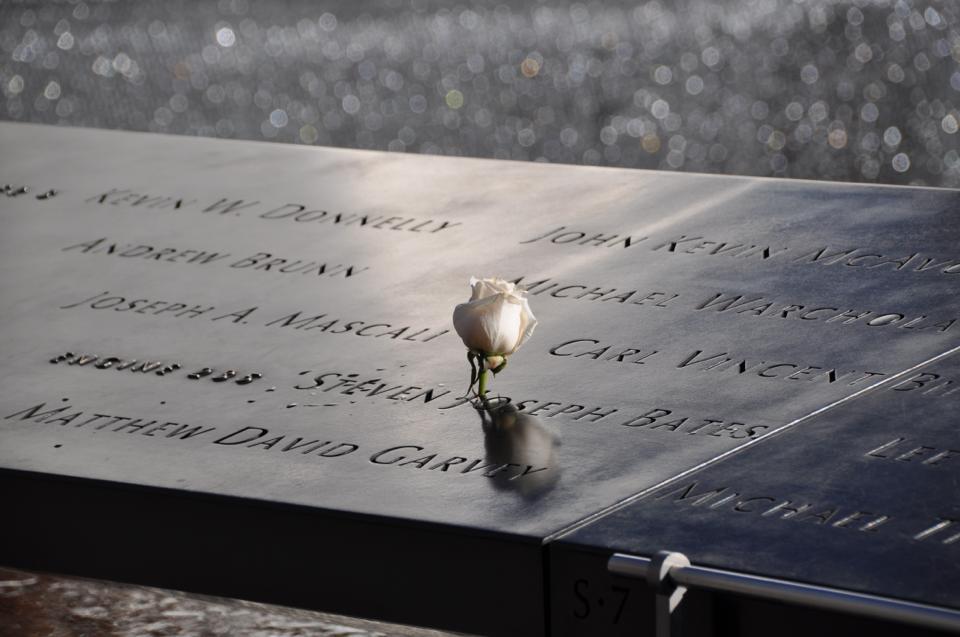 Dave Eastman memorial.jpg