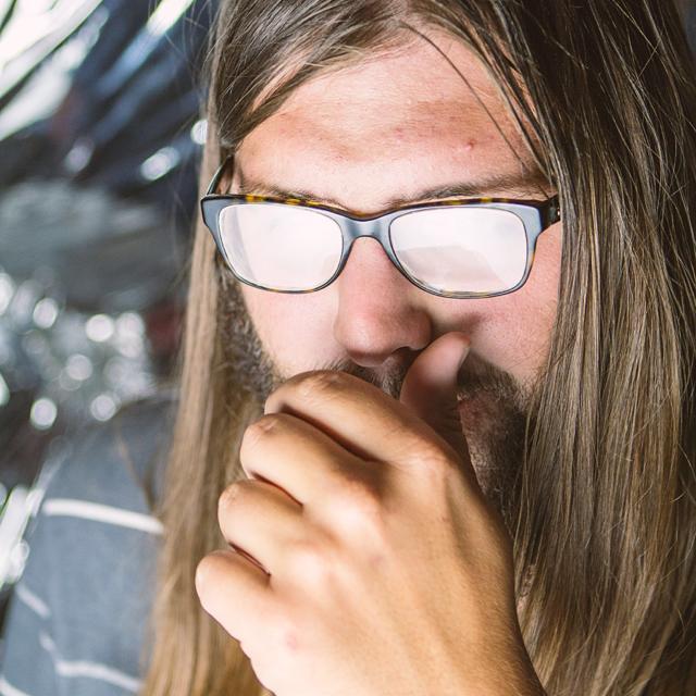 DJ TOM HUDSON