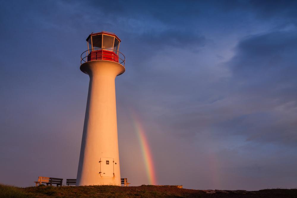 Photo de paysage aux Iles - arc-en-ciel au phare du Borgot