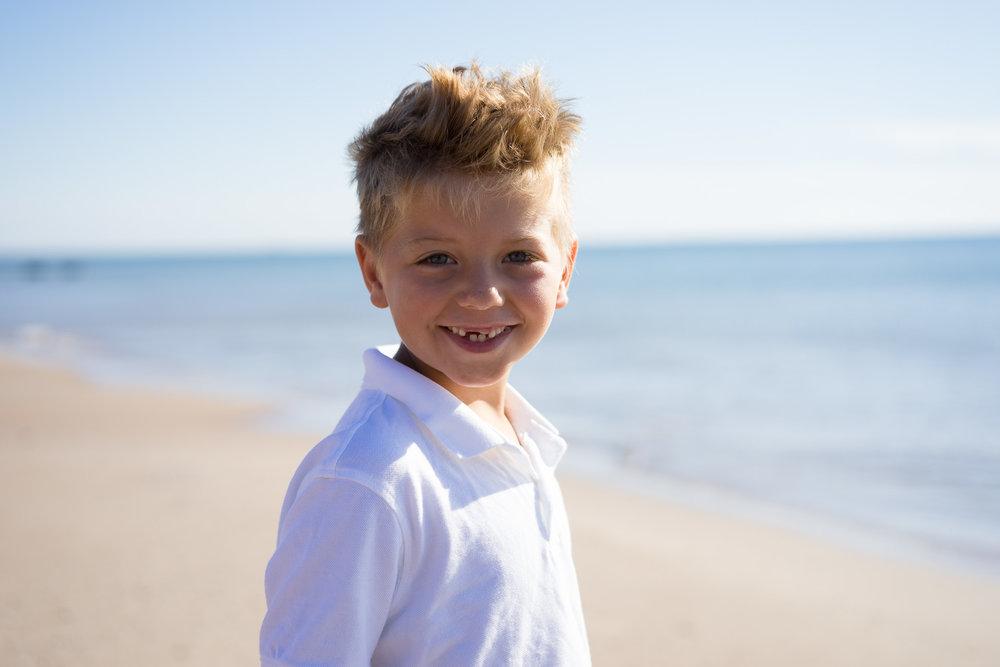 Une séance de portrait d'enfants à la Dune du Sud, au Corfu ou à Gros Cap -