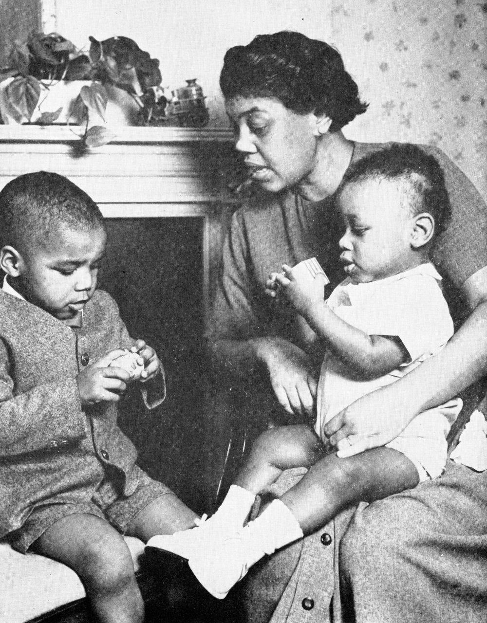 1961_Annual_Rpt_AA_Family_Burtons.jpg