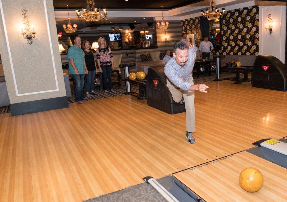 17kocc0820-bowling.jpg