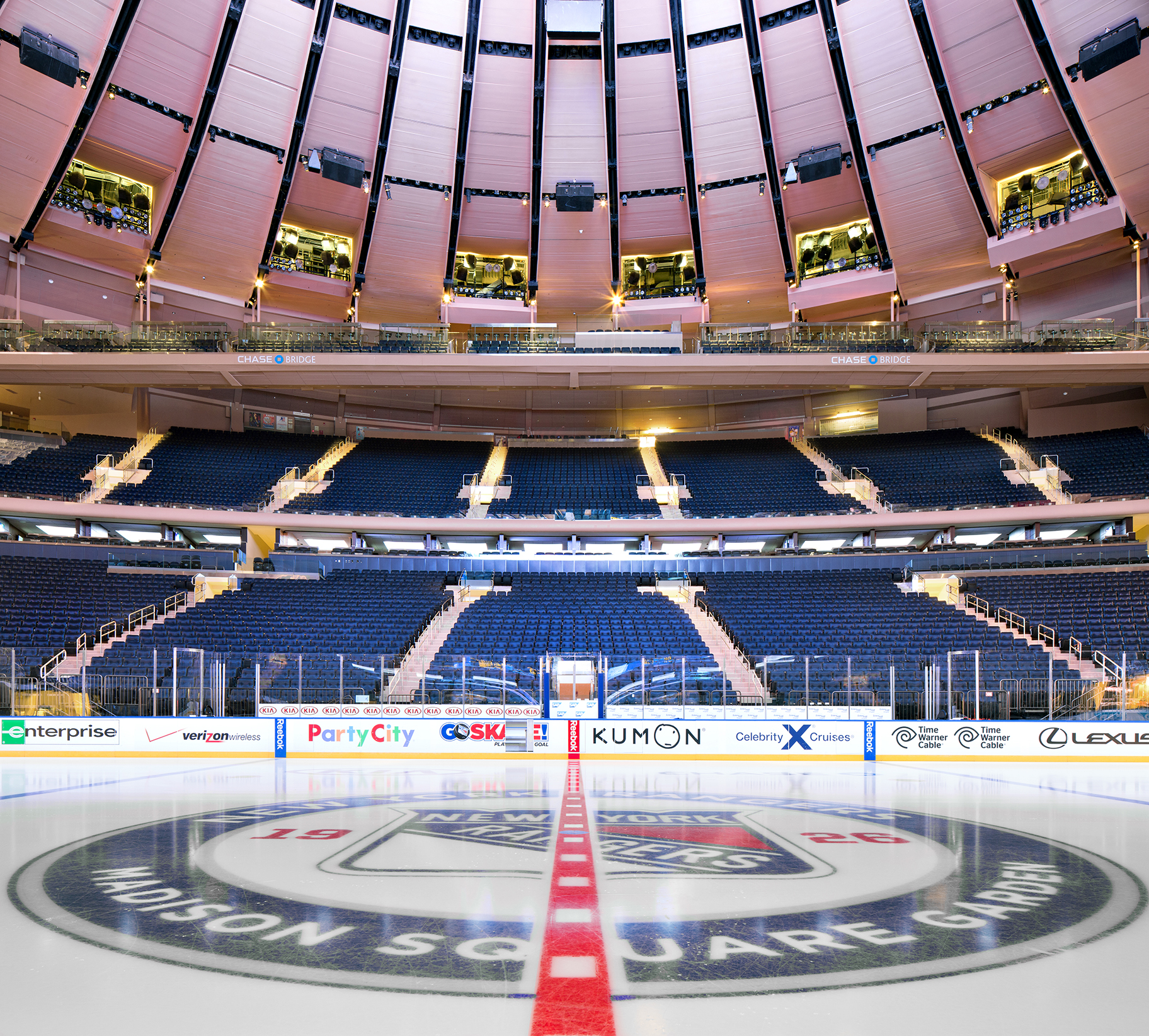 Donna dotan photography - Hotels close to madison square garden ...