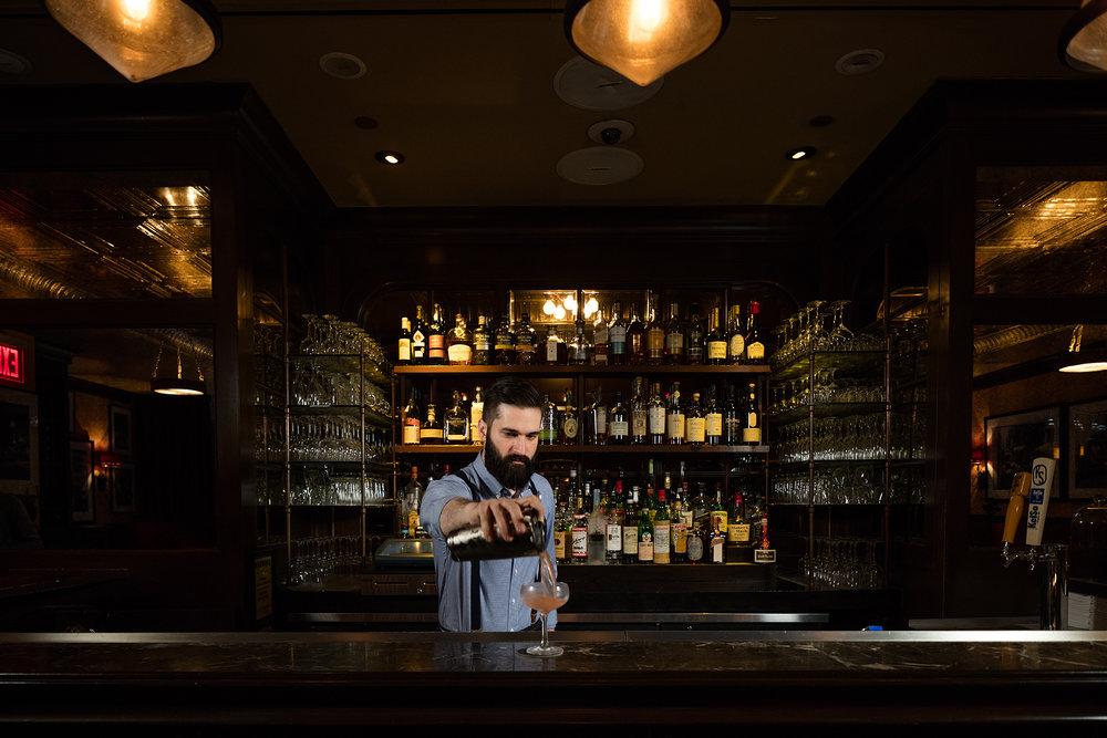 DDP_3862-bartender.jpg