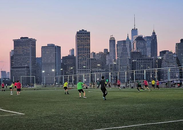 What a great place to play!  #nyc #brooklyn #newyork #brooklynheights #manhattan #football #soccer #tlpicks #stellerstories #thecreatorclass #icapturedaily #passionpassport #igtravel #natgeotravel