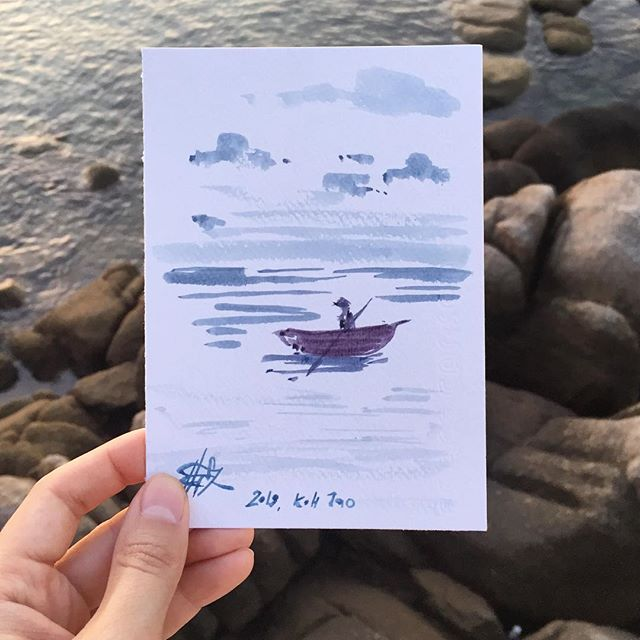 Сегодня весь день подписываю открытки. Смотрю на море, слушаю волны, изнываю от жары и непродуктивности и думаю о вас, друзья. — For the whole day today I was signing your greeting cards, sitting by the sea, listening to the sound of waves, being overheated and uproductive. :) Thinking of you, my friends.  #wow_watercolor #wowyellow_art #evgeniyapautova