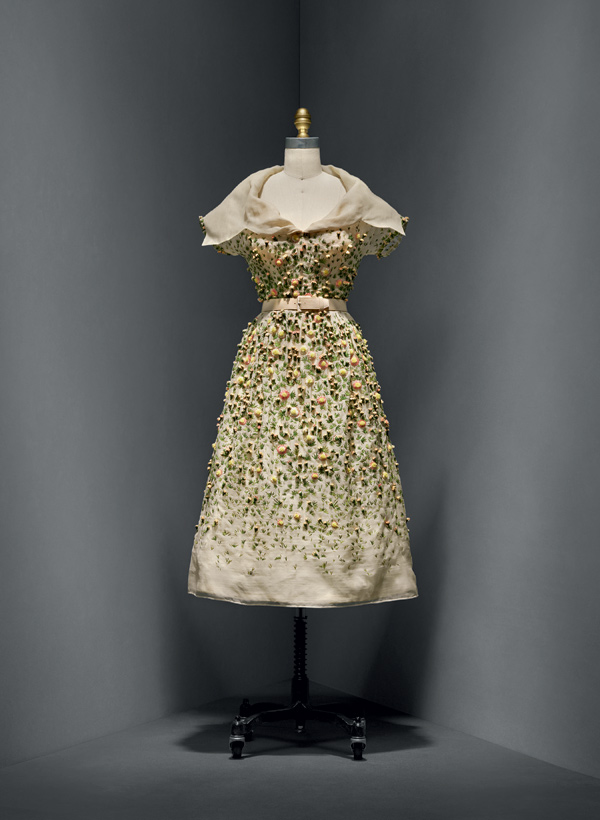 Christian Dior (French, 1905–1957)   Vilmiron dress,spring/summer 1952 haute couture French Silk, nylon The Metropolitan Museum of Art, New York, Gift of Mrs. Byron C. Foy, 1955 (C.I.55.76.20a–g) Photo © Nicholas Alan Cope