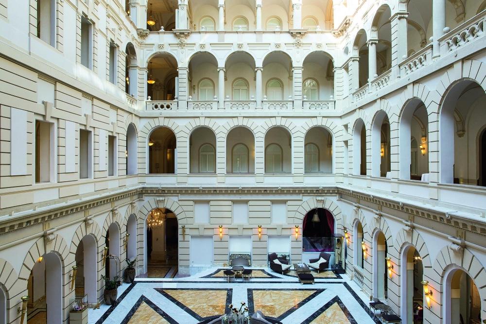 Hotel Boscolo · Lobby.