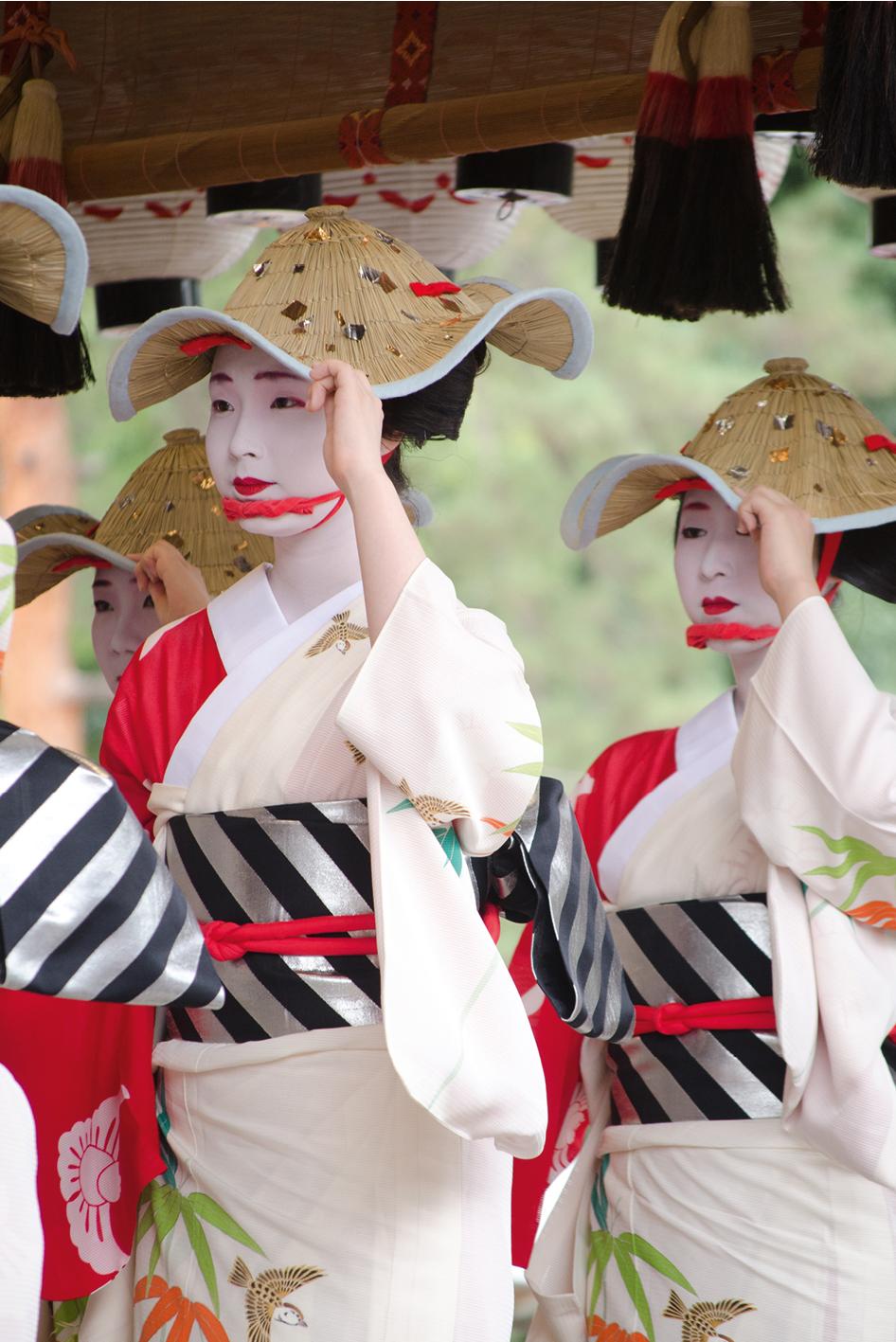 Tras estos 12 días podemos decir que Japón es tradición y tecnología, es cultura y naturaleza, es el país donde nos recibe el sol.