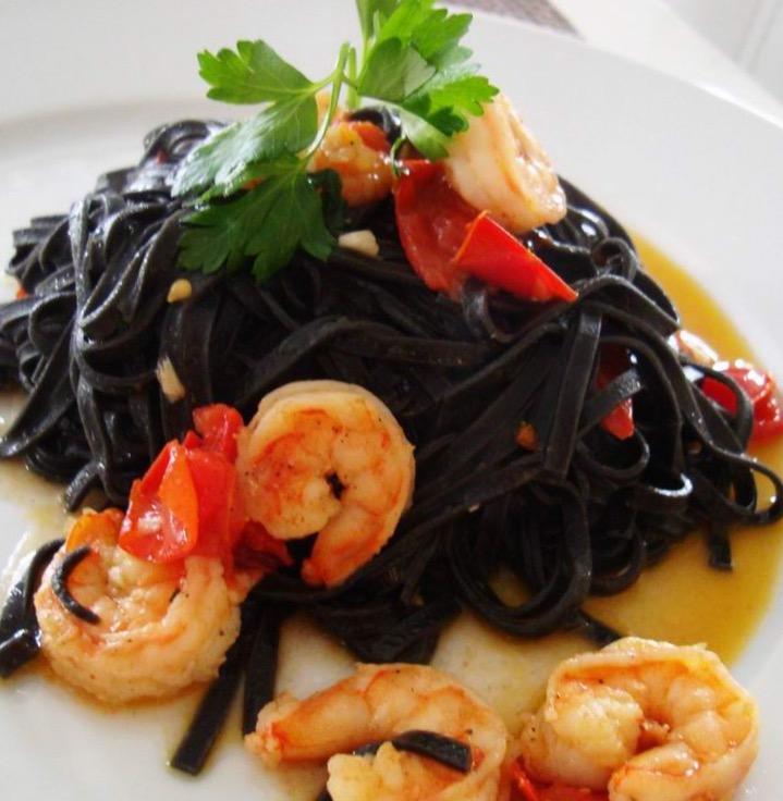 Black Linquini.jpg