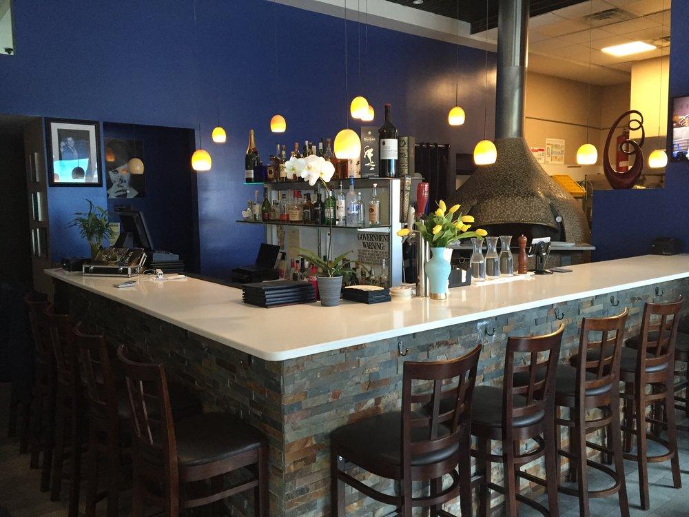 Etonnant La Vela Bar.JPG