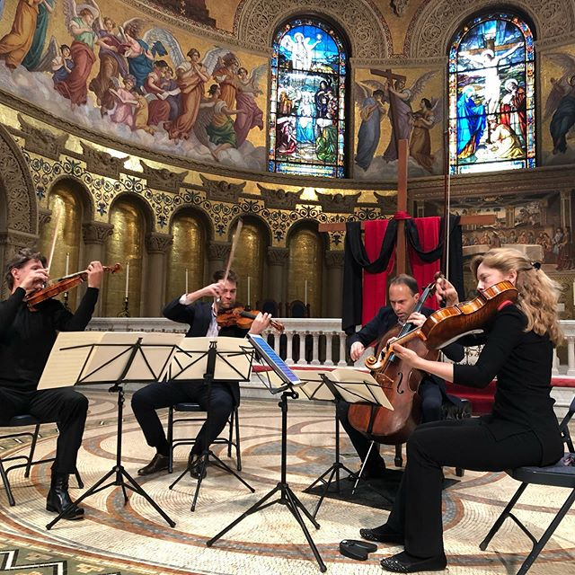 Time for some Haydn in Stanford's beautiful Memorial Church. #stringquartet #goodfriday
