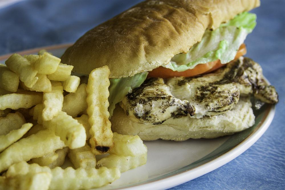 food-chicken-sandwich.jpg