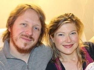 Stephane et Sophie, d'Annecy, Haute Savoie, ont achete une maison a Oakland, CA