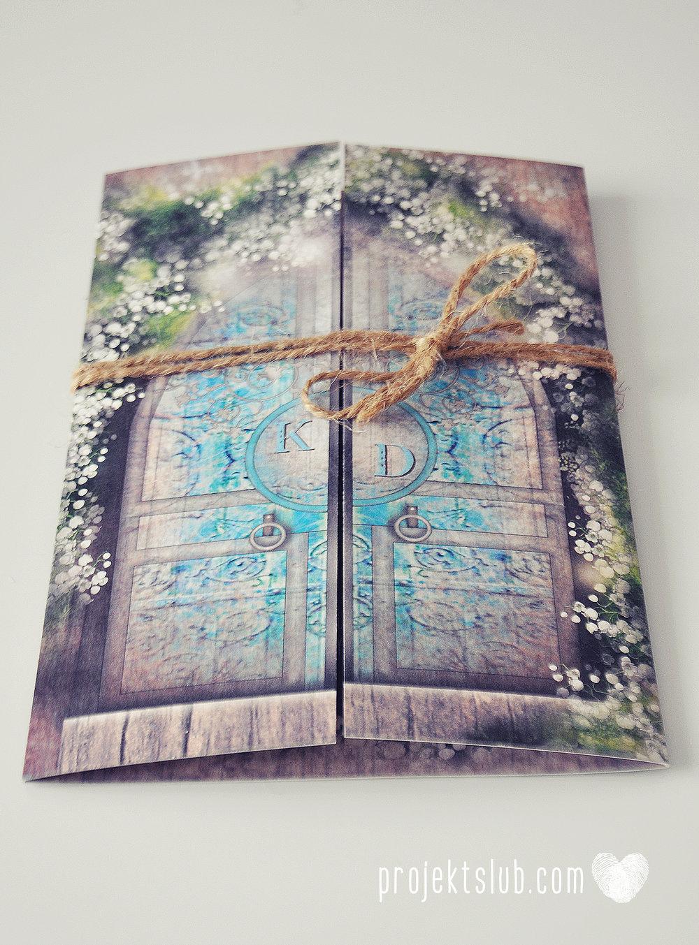 Zaproszenie ślubne zaczarowany las z motywem konwali w stylu rustykalnym z akcentami turkusu i rysunkiem drewna (1).JPG