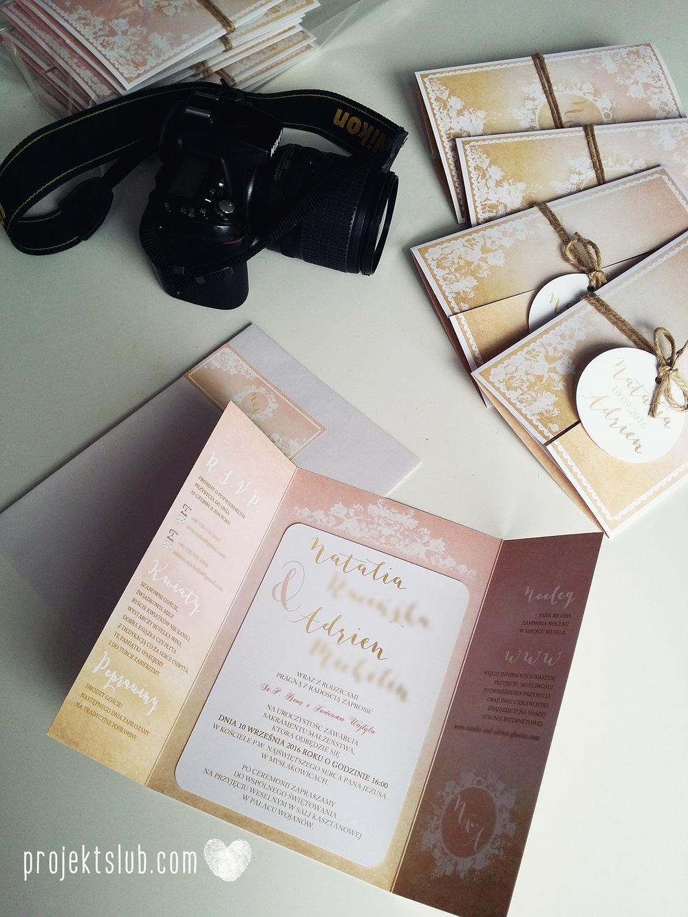 Zaproszenia ślubne rustykalne oryginalne wyjątkowe rustic eleganckie złoty róż ornamenty Projekt Ślub (41).jpg