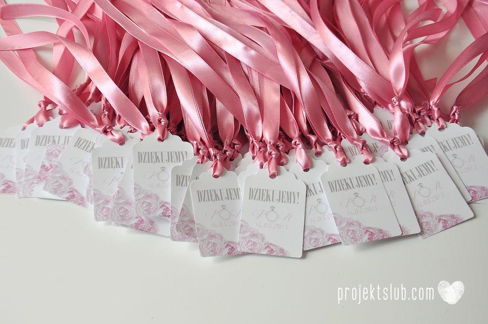 Zaproszenia ślubne z motywem kwiatów pudrowe kwiaty piwionie róż wianek Projekt Ślub (37).jpg