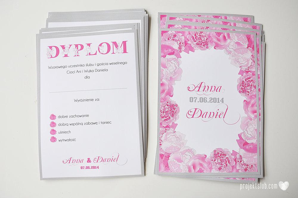 Zaproszenia poczuj miętę z motywem młodej pary buty ślubne hobby grafiki zdjęcia szary róż dodatki weselne zawieszki menu papetria projekt ślub (19).jpg