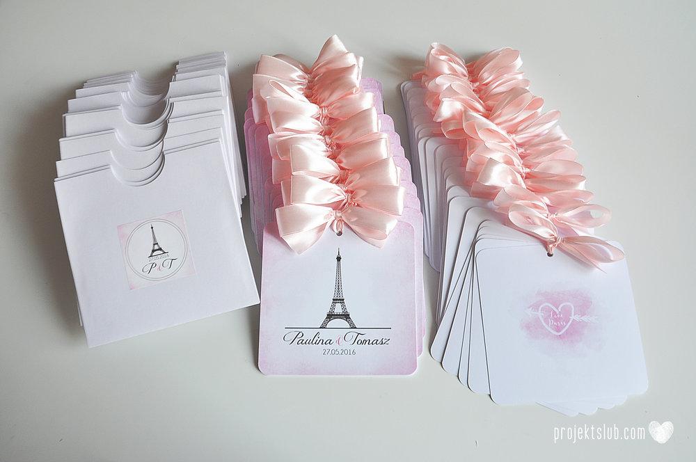 zaproszenia ślubne z kokardą eleganckie oryginalne nowoczesne rysunkowe pastelowe pudrowy róż wieża eiffel zakochani w paryżu zdjęcia  projekt ślub (13).jpg