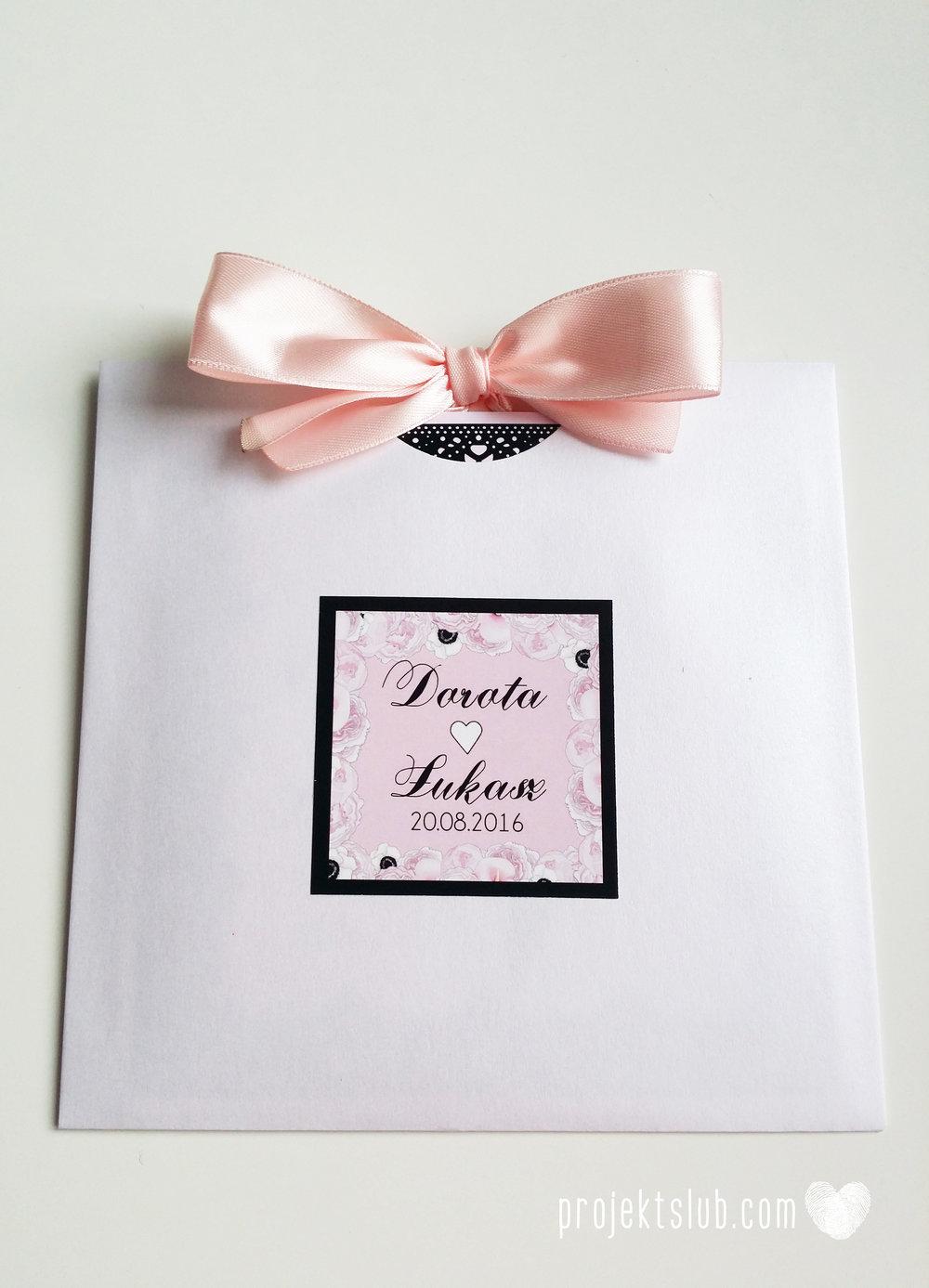 Eleganckie zaproszenia ślubne rysunek pary młodej róż i czerń glamour koronkowe pastelowe Projekt ŚLub (11).jpg