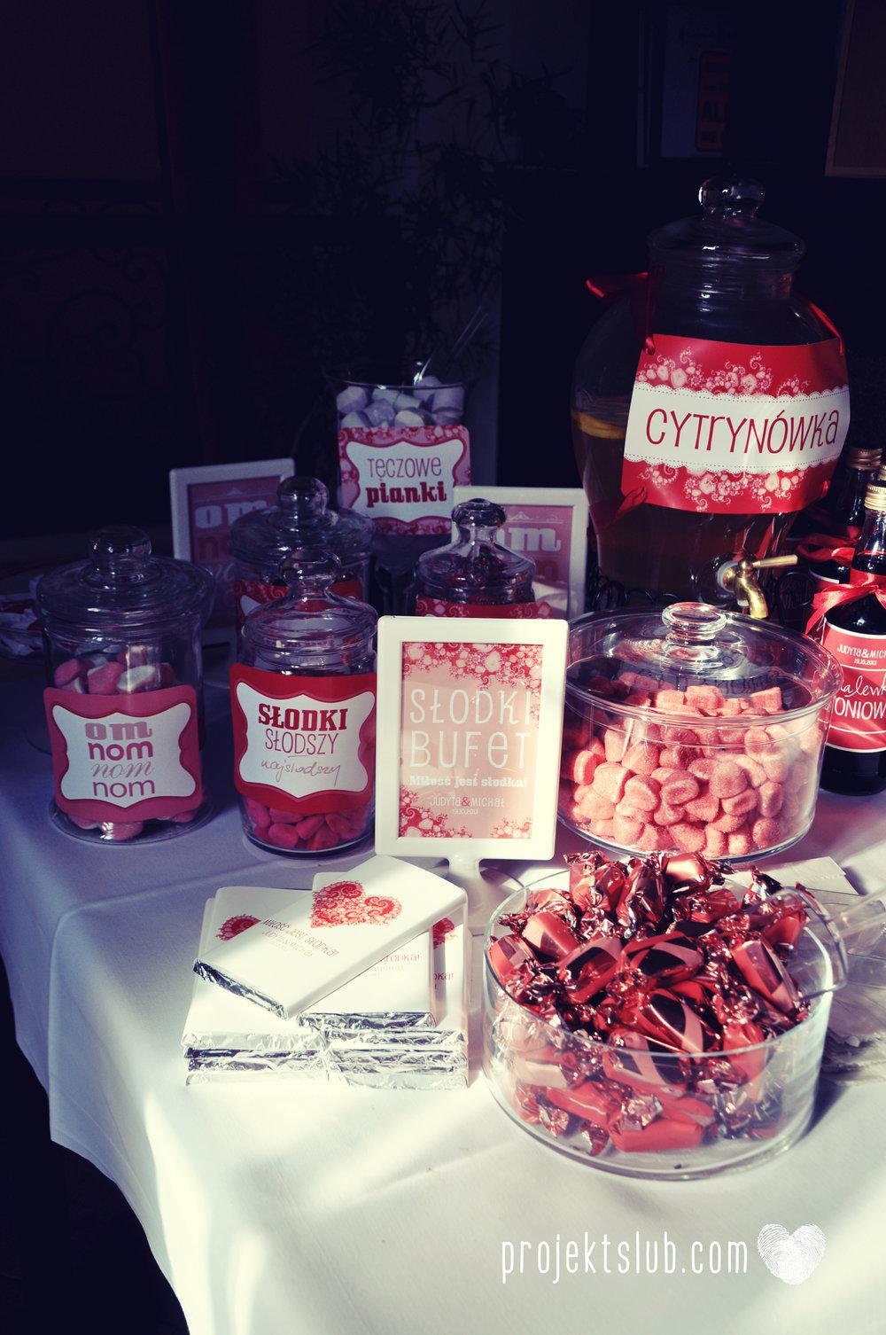 oryginalne zaproszenia i dodatki ślubne w odcieniach czerwieni bieli koralu i różu fraktale miłość serce Fraktalove Projekt Ślub (27).jpg