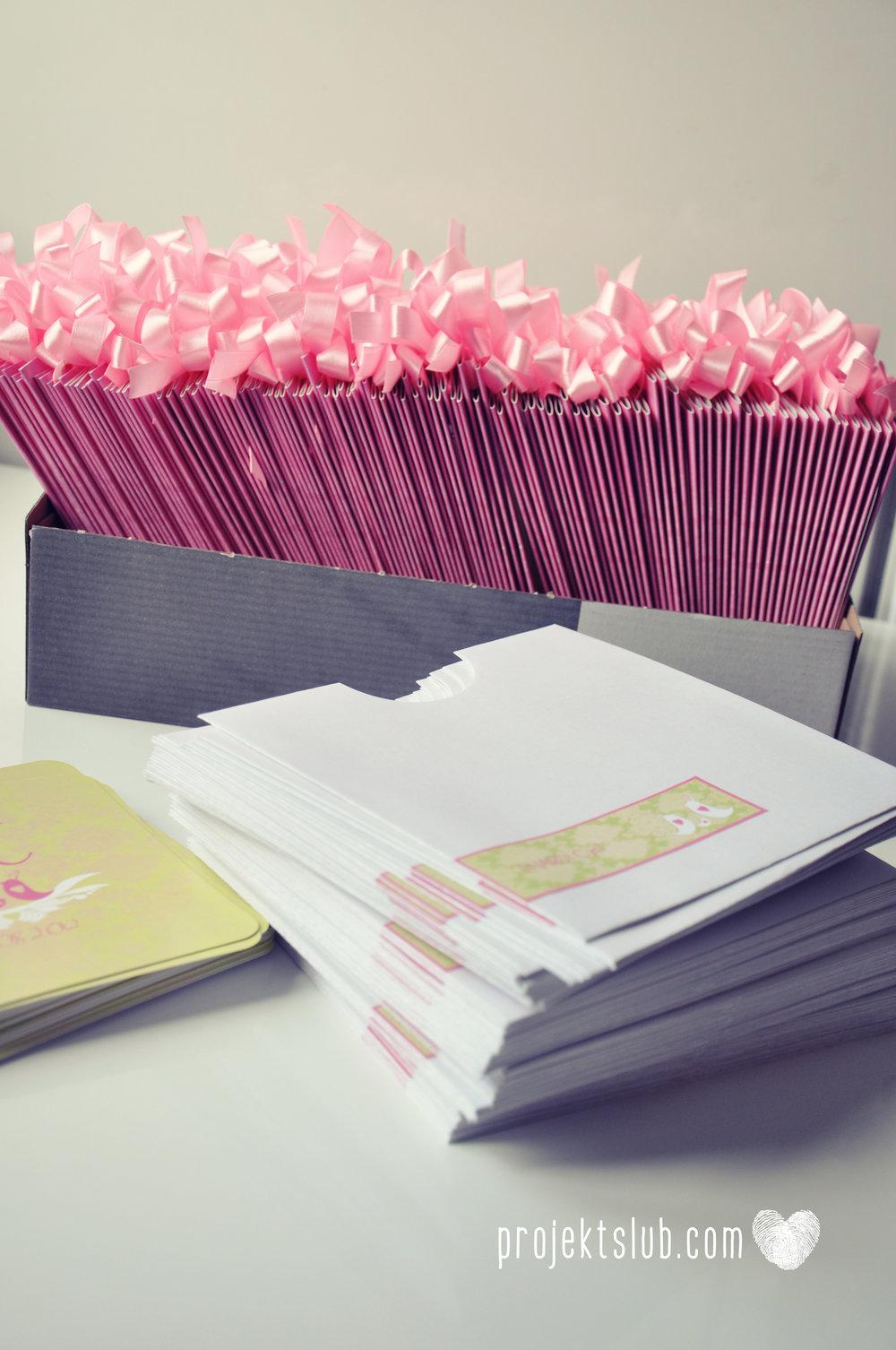 zaproszenia-ślubne-eleganckie-glamour-ptaszki-zaproszenia-dla-par-z-dzieckiem-różowy-róż-zielony-zaproszenia-projekt-ślub  (20).JPG