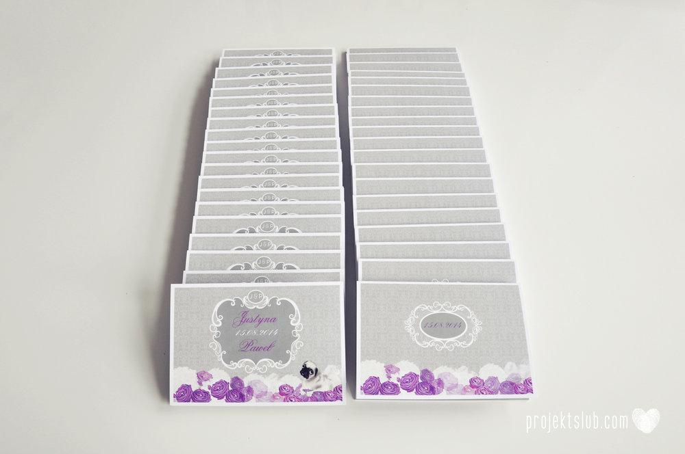 kolekcja papeteri ślubnej w stylu glamour eleganckie kwiatowe fioletowo szare zaproszenia ślubne z pupilkiem rysunek pieska Projekt Ślub (2).jpg