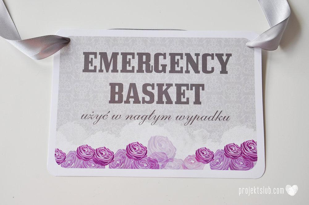 kolekcja papeteri ślubnej w stylu glamour eleganckie kwiatowe fioletowo szare zaproszenia ślubne z pupilkiem rysunek pieska Projekt Ślub (22).jpg