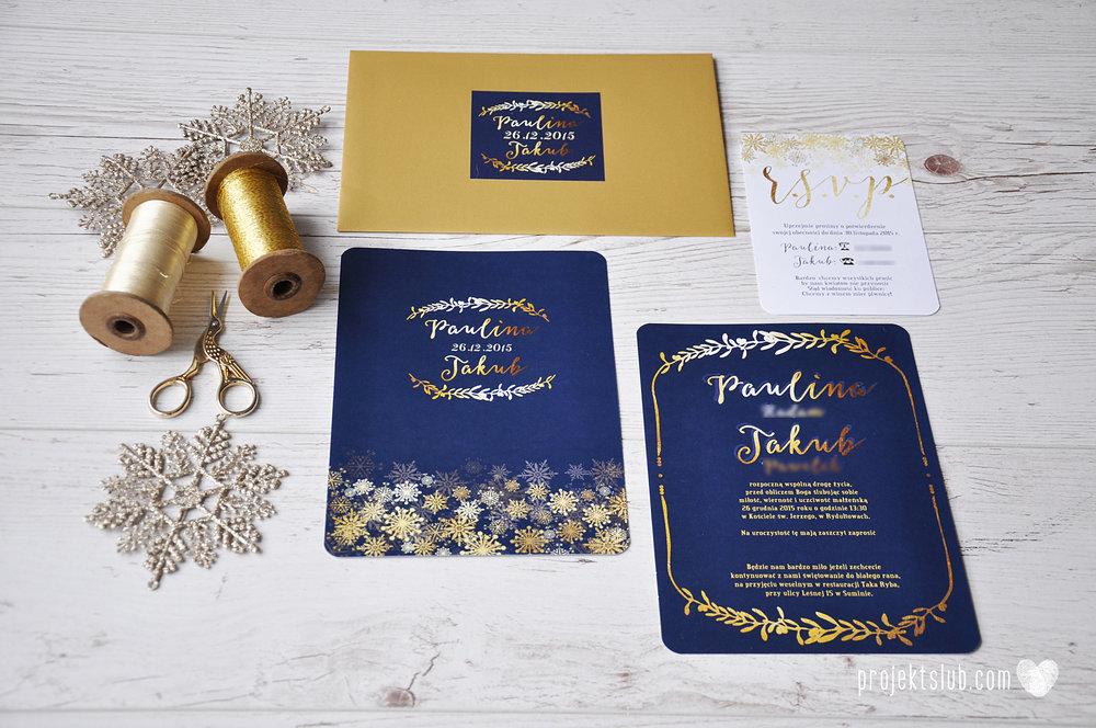 oryginalne zaproszenia ślubne eleganckie zimowe wesele boże narodzenie granatowe złote śnieżynki płatki śniegu biel glamour gwiazdki projekt ślub (2).jpg