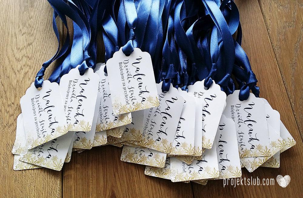 oryginalne zaproszenia ślubne eleganckie zimowe wesele boże narodzenie granatowe złote śnieżynki płatki śniegu biel glamour gwiazdki projekt ślub (8).jpg
