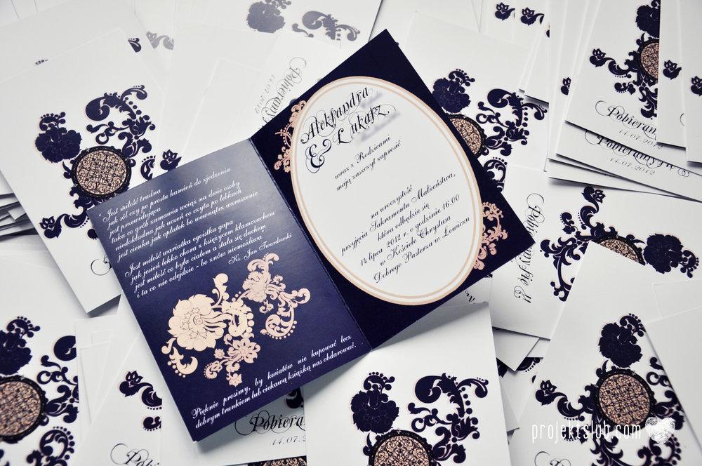 Klasyczne zaproszenie ślubne Granatowa Elegancja beżowa dodatki i dekoracje ślubne Projekt Ślub (3).jpg