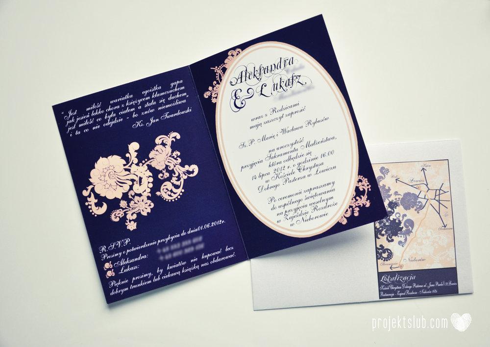 Klasyczne zaproszenie ślubne Granatowa Elegancja beżowa dodatki i dekoracje ślubne Projekt Ślub (15).jpg